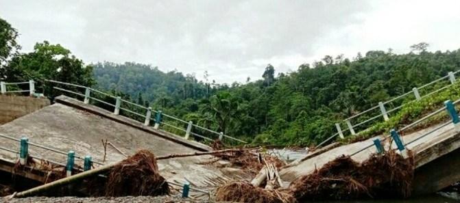 KONDISI jembatan air Bugis di Desa Auponhia Kecamatan Mangoli Selatan