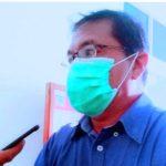 DIREKTUR RSUD Sanana dr. Makmur Tamimi, saat ditemui Habartimur.com, Sabtu (27/2/2021) di ruang kerjanya.