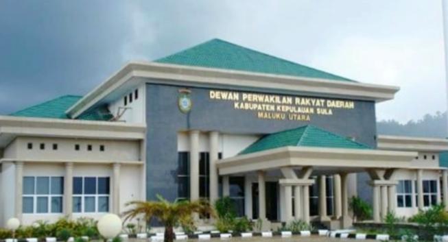 KANTOR DPRD Kabupaten Kepulauan Sula