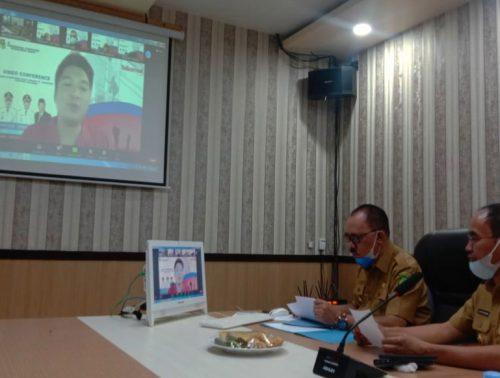 BUPATI Halmahera Barat James Uang dan Wakil Bupati (Wabup) Djufri Muhammad, Selasa (31/8/2021) siang, menggelar Video Converence dengan petinggi PT. Telkomsel wilayah Sulawesi – Halmahera